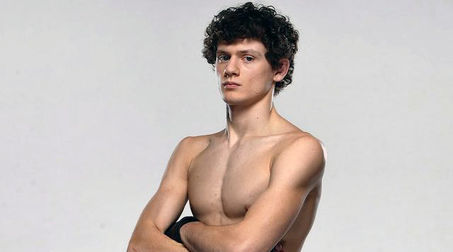 Photo of emerging MMA fighter, Chase Hopper